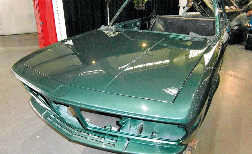 Pojazdy zabytkowe i klasyczne – renowacja powłok lakierniczych i chromowanych