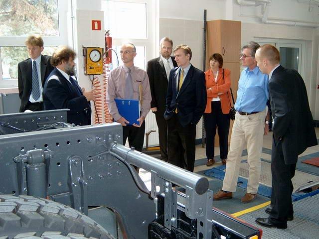 Szkolenie w zakresie przeprowadzania badania technicznego pojazdu przeznaczonego do przewozu towarów niebezpiecznych