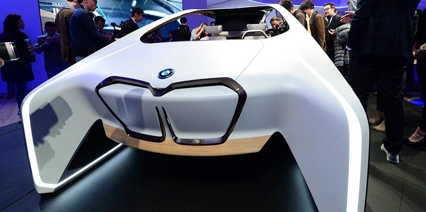 Jaką rolę odegra lakier w samochodach autonomicznych?