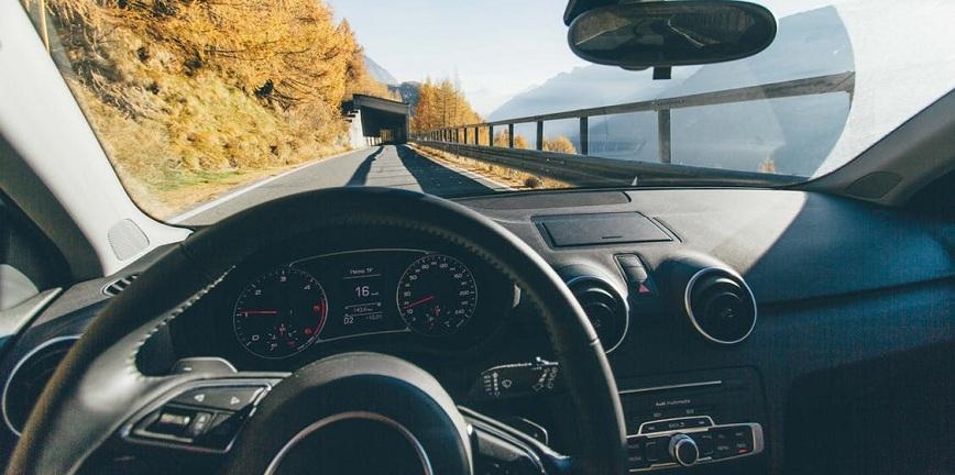 Poprawa brzmienia w samochodzie - wzmacniacz samochodowy