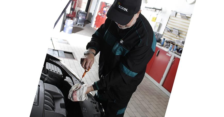Gdy olej znika z silnika… [PRZYCZYNY]