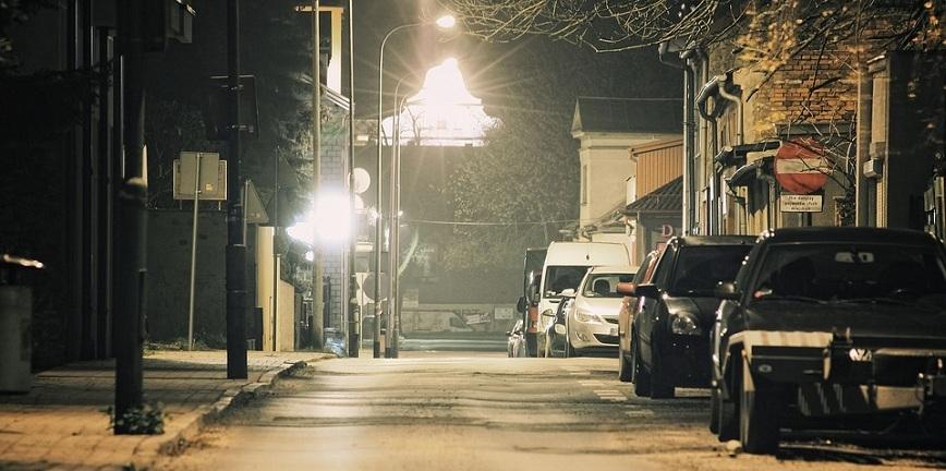Ładowarki w ulicznych latarniach? Polski pomysł