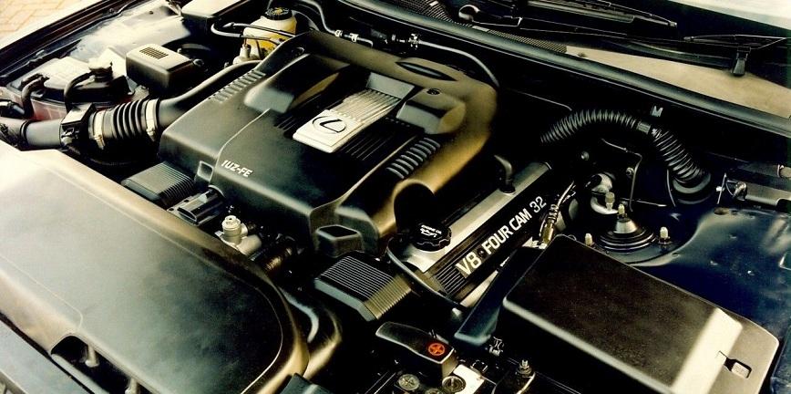 Silnik V8 - odrobina historii dla pasjonatów