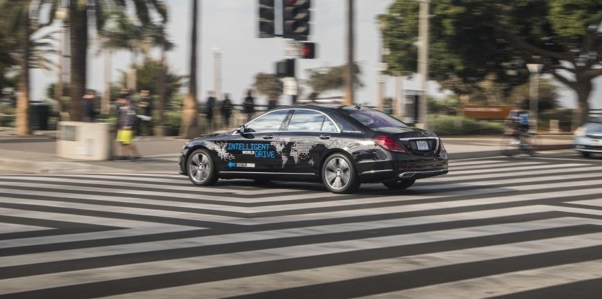 Mercedes testuje autonomiczne samochody