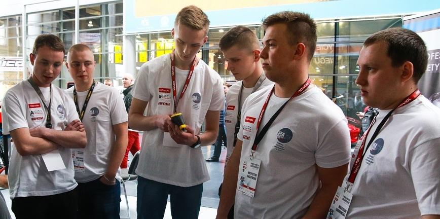 Ostatnie chwile na udział w Turnieju Młodych Lakierników