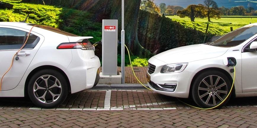 Producenci części o elektromobilności. Zróżnicowane opinie