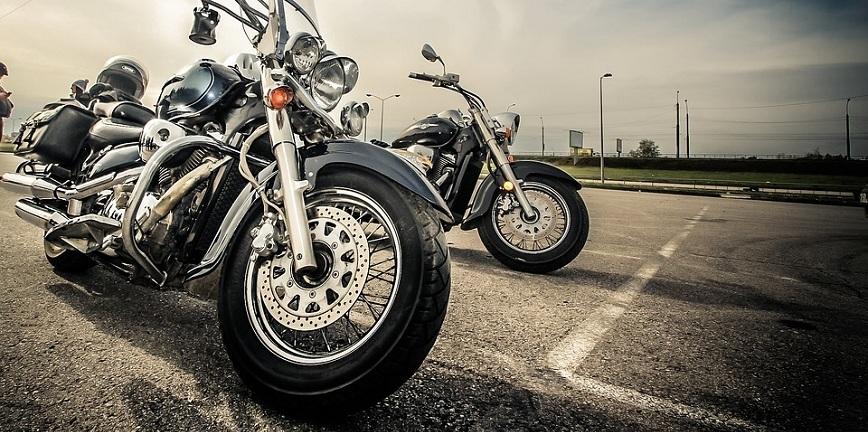 Rusza sezon motocyklowy. Jak się przygotować? O czym pamiętać?