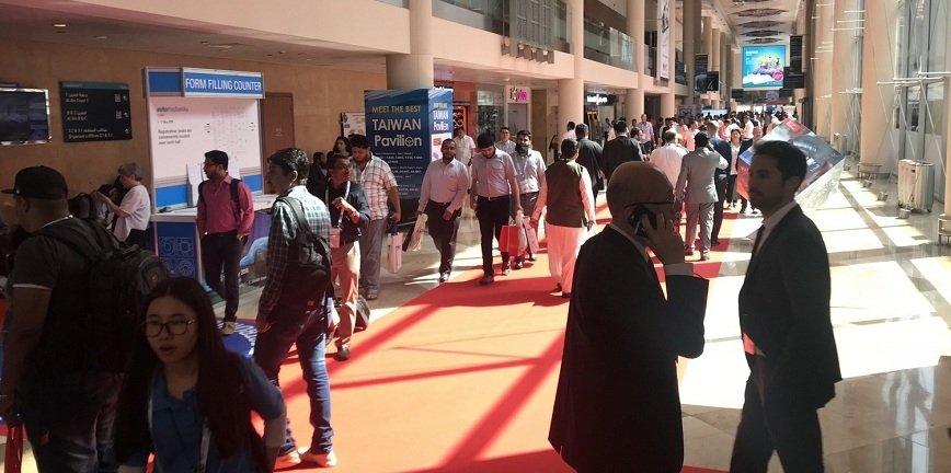 Dubaj: opryskiwacze i chemia dla myjni i warsztatów [FILM]
