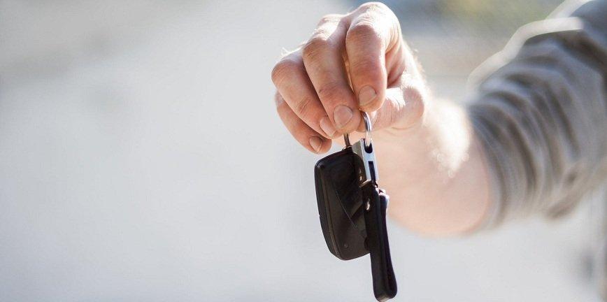 Kto kupuje części w Polsce? Głównie warsztaty, a kierowcy tylko 17%