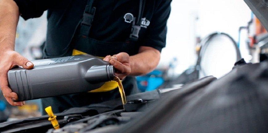 Kto wybiera olej? Kierowca czy mechanik?