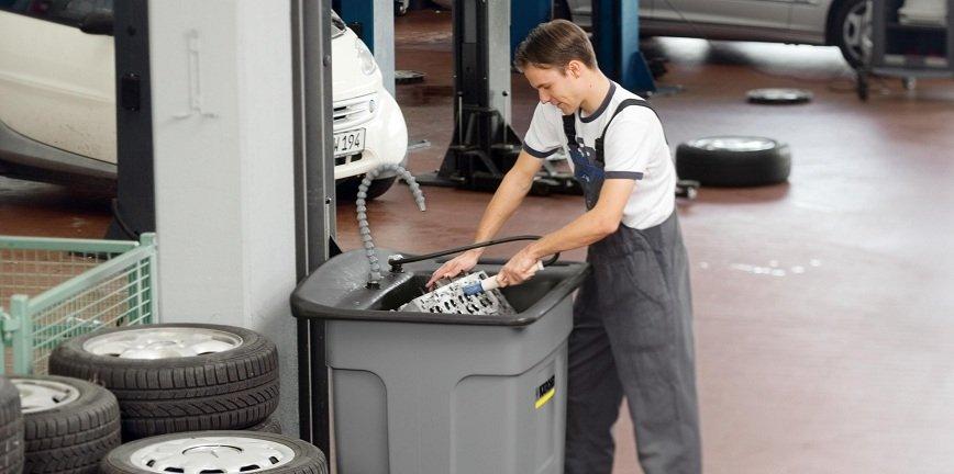 Jak zadbać o czystość w warsztacie samochodowym?