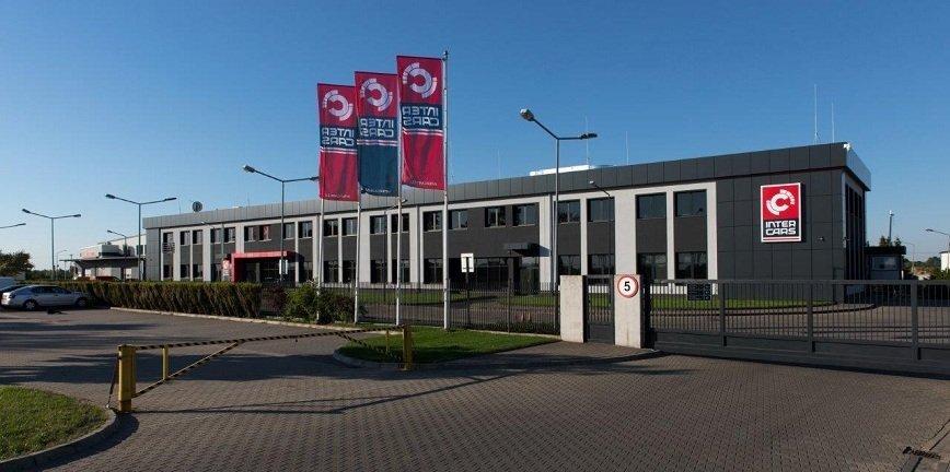 Inter Cars modernizuje siedzibę i dodaje energii