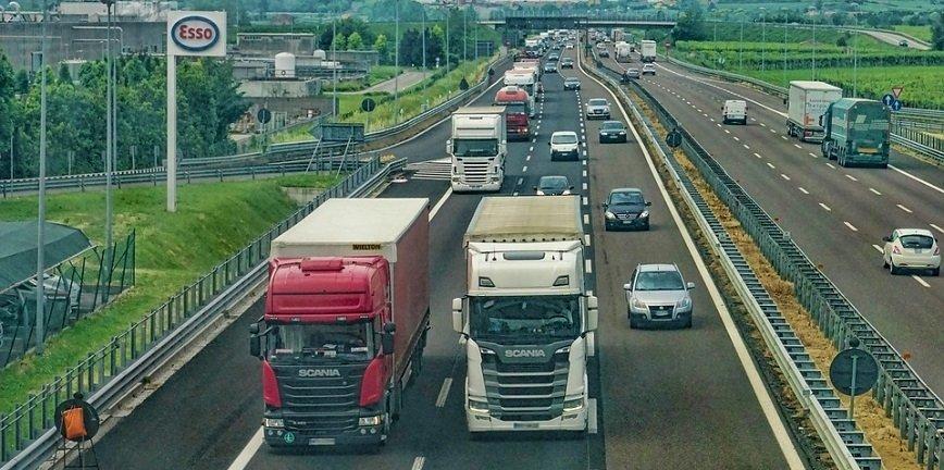 Fakty i mity o płacy minimalnej dla kierowców