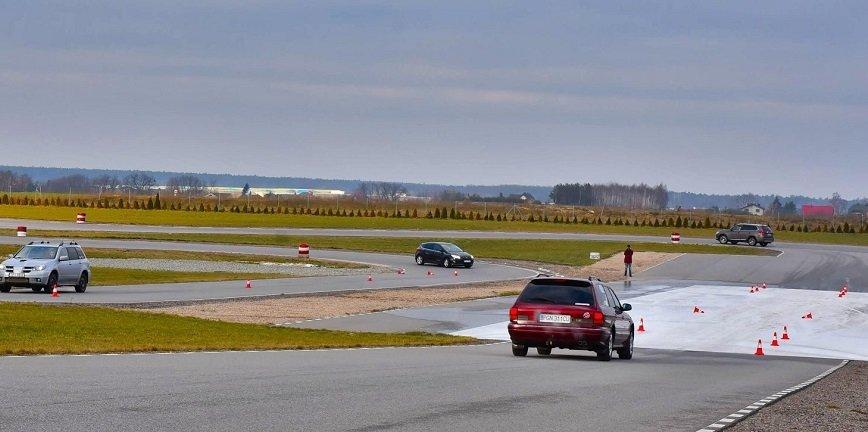 TOMEX Hamulce patronem cyklu szkoleń dla kierowców
