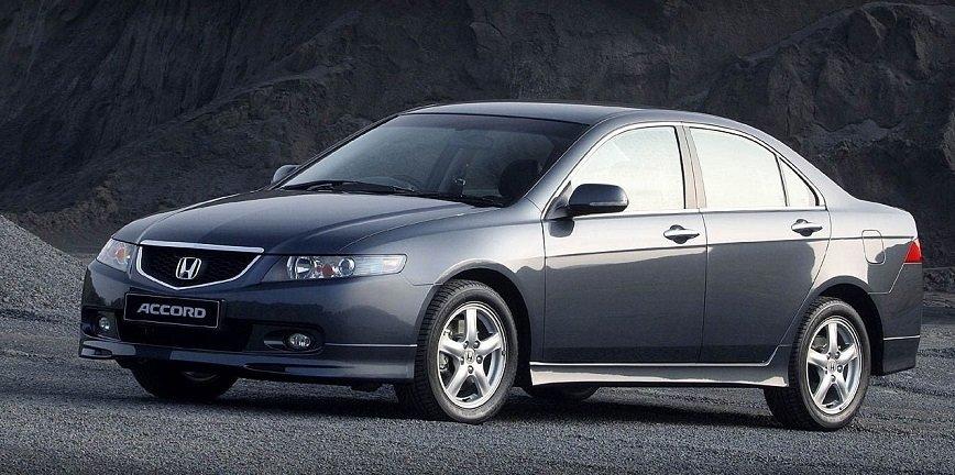 Wymiana piasty koła tylnego w Honda Accord CL [PORADNIK]