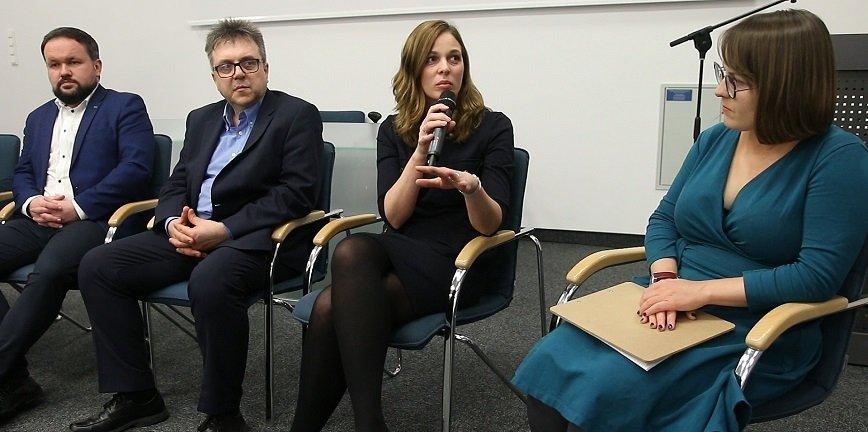 W debacie podczas Poznań Motor Show udział wzięli przedstawiciele Instytutu Badań Edukacyjnych, firm z branży motoryzacyjnej, doradcy zawodowi oraz dyrektorzy szkół zawodowych.