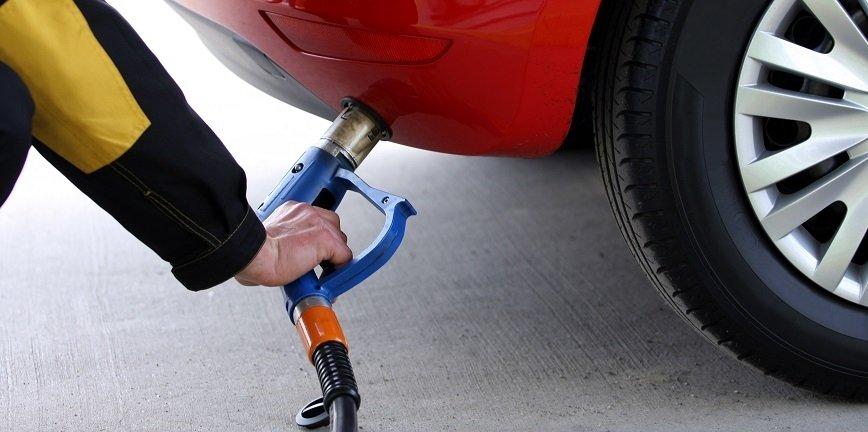 Kupić auto z LPG czy zamontować po zakupie?