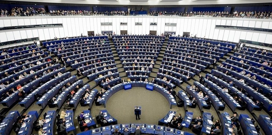 Kto będzie kontrolować polskich kierowców w Europie?