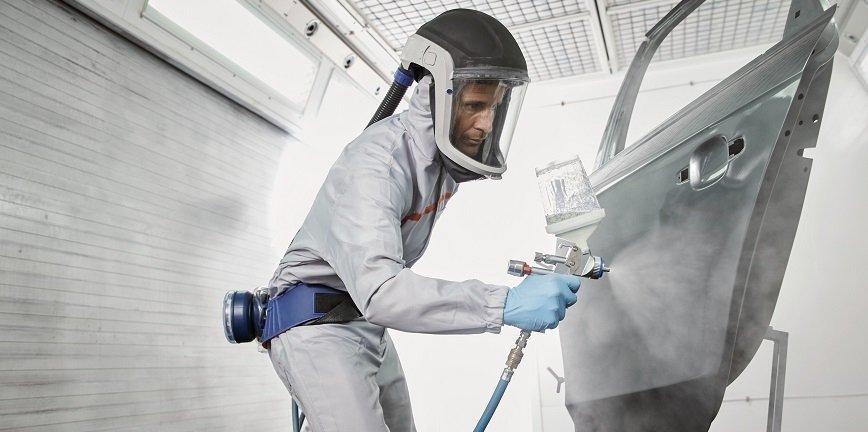 Oszczędność energii, renowacja kolorów specjalnych, połysk na luksusowym aucie. Oferta Cromax