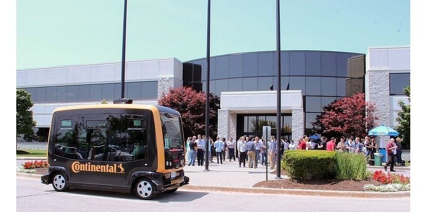 Continental: produkcja systemów do robo-taksówek