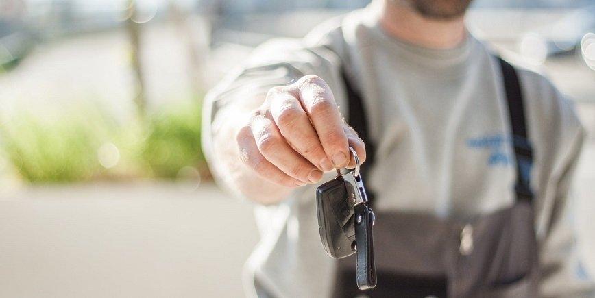 Co warto wiedzieć na temat tłumaczenia dokumentów samochodowych?