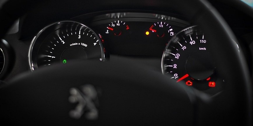 Ponad 3000 Peugeotów z możliwą usterką przewodów paliwowych