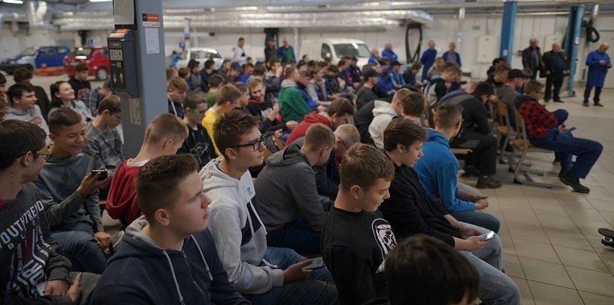 Finał OTWS już wkrótce! W szkołach w całej Polsce trwają eliminacje
