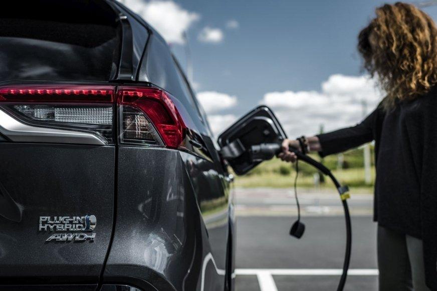 Ekspansja Toyoty i Panasonica dla elektromobilności