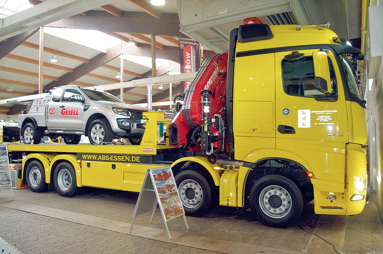Najcięższe autolawety służą przede wszystkim do transportu wózków widłowych, zamiatarek i innych maszyn